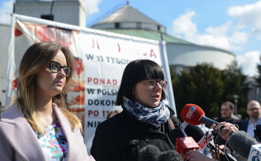 Lida Sankowska-Grabczuk z Prawicy Rzeczypospolitej i Kaja Godek z Fundacji Życie i Rodzina