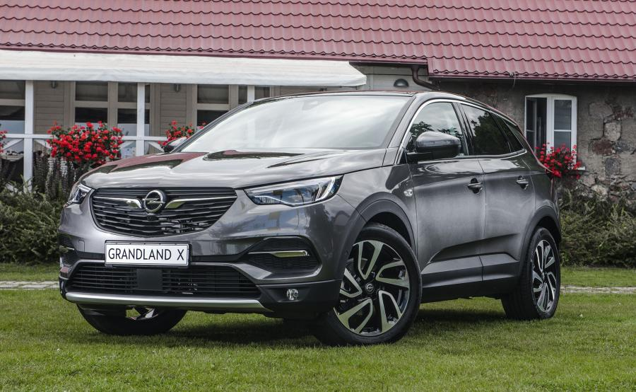 opel grandland x po raz pierwszy w polsce tak wygl da nowy suv kt ry do czy do astry z gliwic. Black Bedroom Furniture Sets. Home Design Ideas
