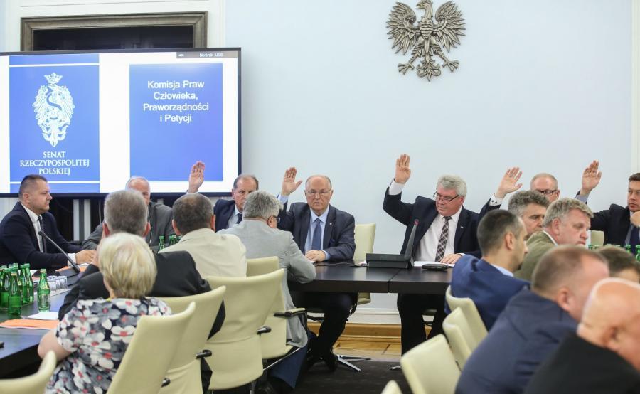 Posiedzenie senackiej komisji praw człowieka, praworządności i petycji