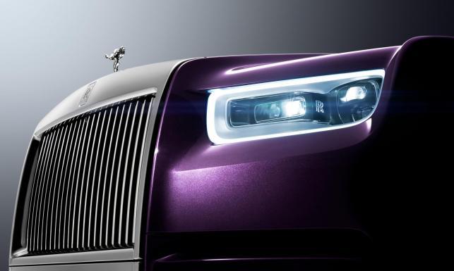 Rolls-Royce Phantom ujawniony. Tak wygląda nowy król luksusowych limuzyn [MAMY ZDJĘCIA]