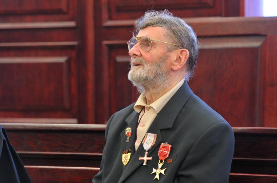 Były opozycjonista Stefan Niewiadomski w Sądzie Apelacyjnym w Szczecinie