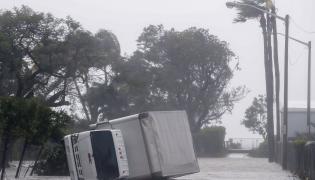 Zniszczenia po huraganie Irma