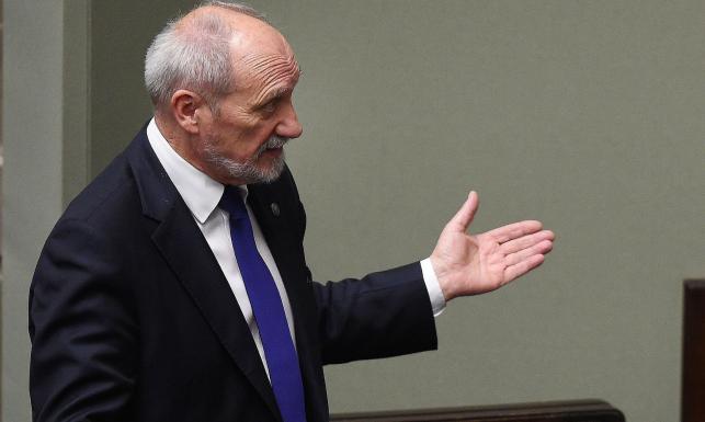 Macierewicz: Prezydent powinien zwrócić SKW aneks do raportu WSI. Blokowanie niekorzystne dla Polski