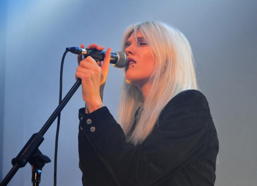 Daria Zawiałow gościnnie u Buslava. Koncert w klubie Niebo, Warszawa; 14.03.2018