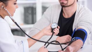 Badanie ciśnienia krwi