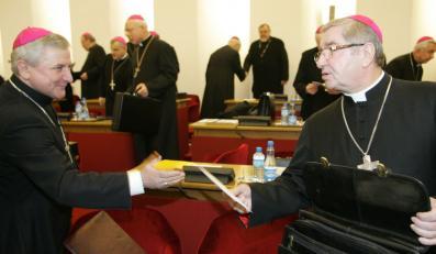 Biskupi: Sprawa lustracji jest zamknięta