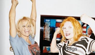 Pamela Anderson wystąpiła w kreacjach Vivianne Westwood
