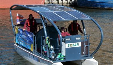 Studenci z Gdańska testują łódź na słońce