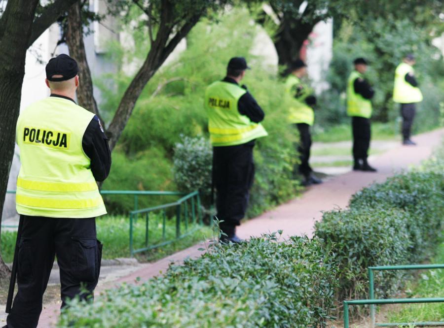 Policjanci masowo rezygnują ze służby