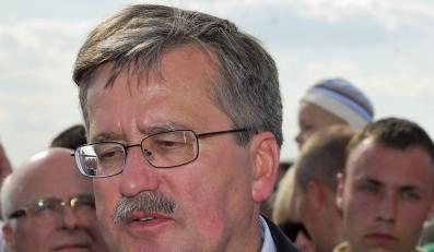 PiS: Komorowski to rzecznik Gazpromu