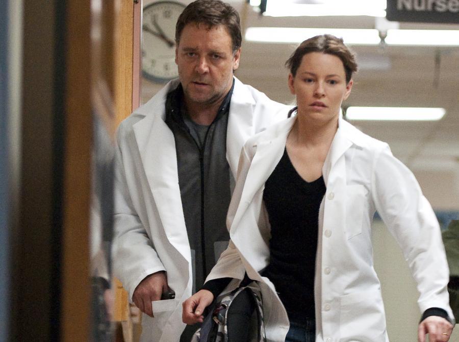 Russell Crowe zrobi wszystko dla Elizabeth Banks