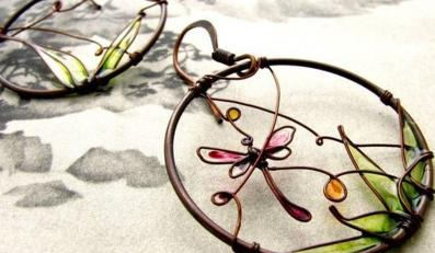Kolorowa biżuteria inspirowana naturą idealna na wiosnę. KUKLAstudio