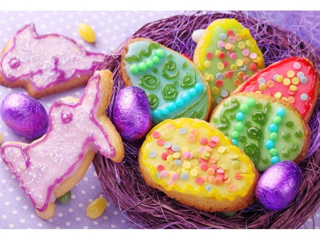 Wielkanocne pisanki z ciastek