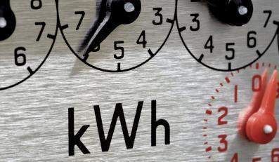 Koniec nadzoru nad rachunkami za prąd