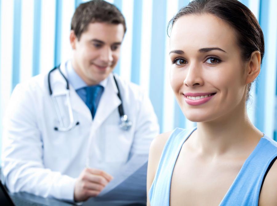 Gminy zachęcają kobiety do wykonywania mammografii i cytologii