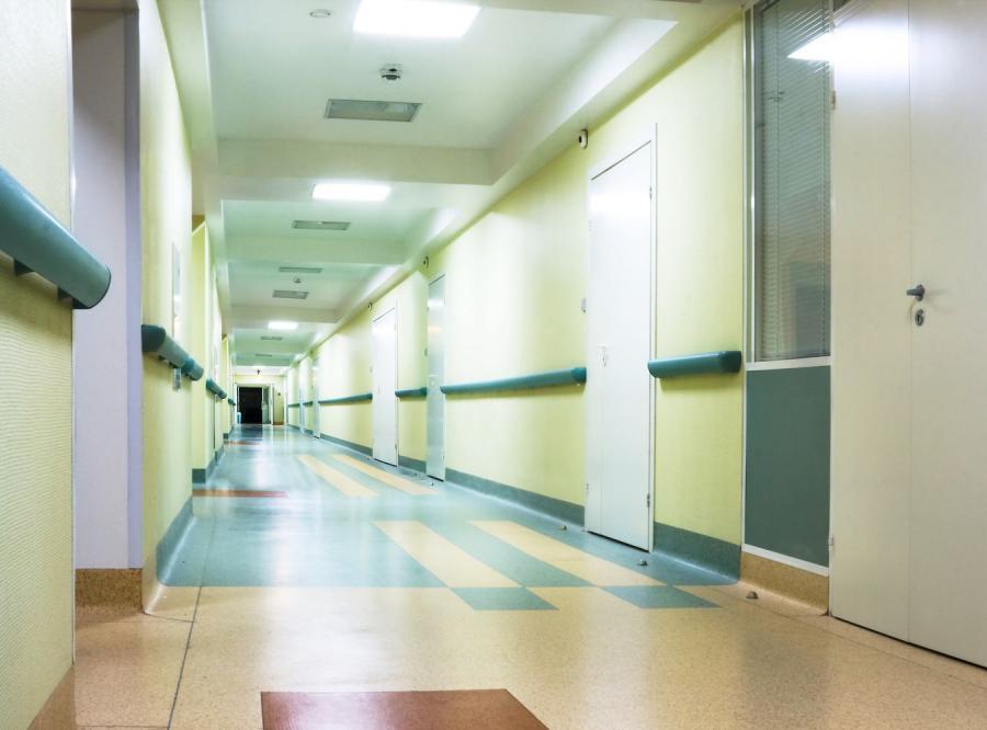 Wiceprezes pogrążonego w długach włoskiego szpitala popełnił samobójstwo