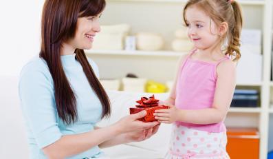 NFZ wykorzystał Dzień Matki do promowania badań cytologicznych
