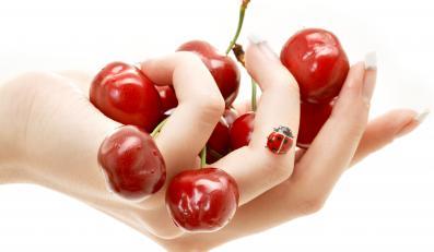 Choć czereśnie są bardzo słodkie, nie tuczą