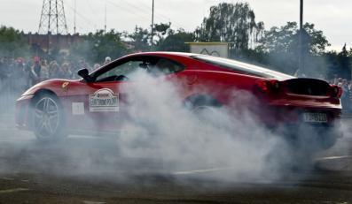 Zobacz, jak najdroższe auta świata zakręciły Polską