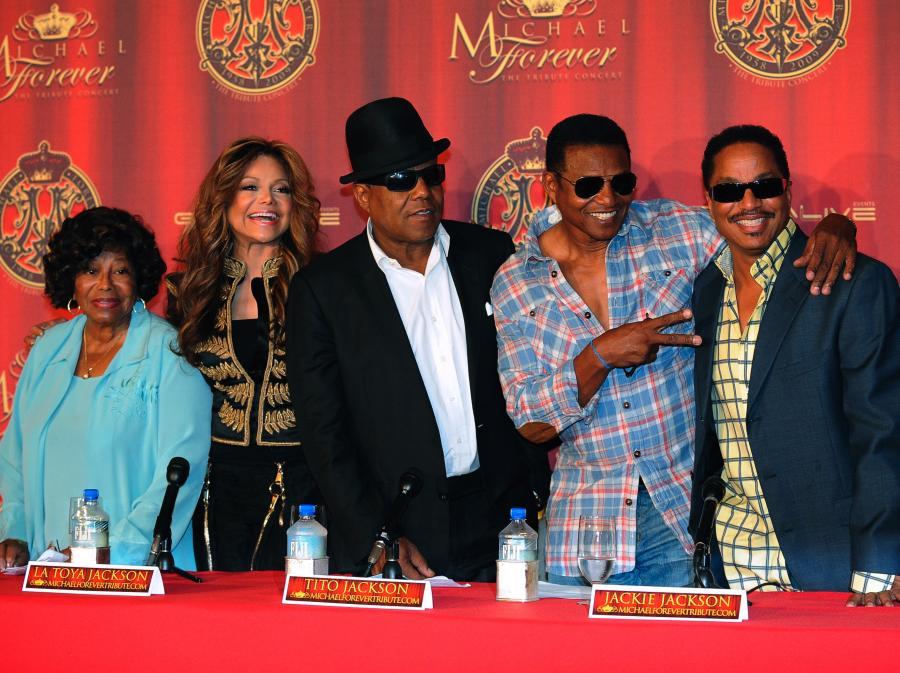 Katherine, La Toya, Marlon, Jackie i Tito Jacksonowie