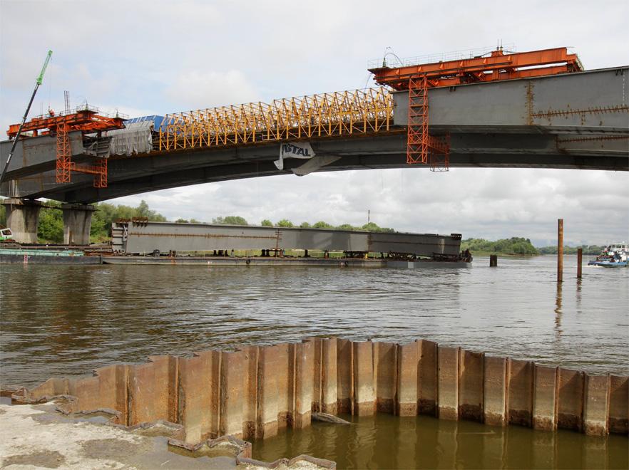 Wypadek na budowie Mostu Północnego; pięciu rannych