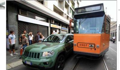 Dziedzic fortuny Fiata zablokował ruch w Mediolanie