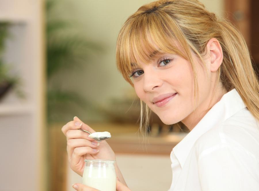 7. Jogurt daje zastrzyk energii