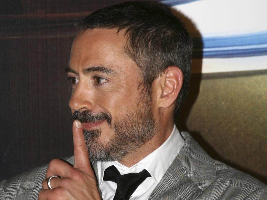 Robert Downey Jr. w obronie Mela Gibsona