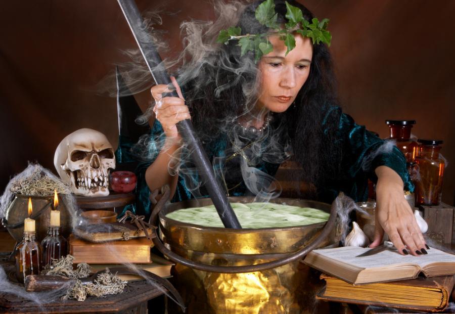 Czy strach przed czarownicami to już przeszłość?
