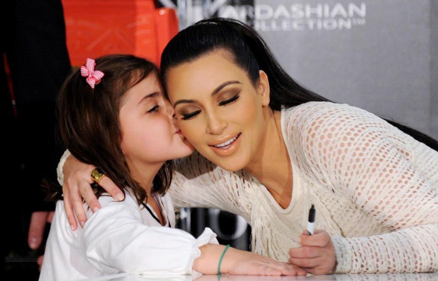 Kim Kardashia bardzo lubi dzieci.