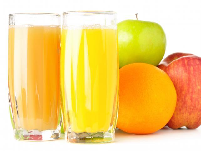 Soki owocowe - jakie dla kogo? Sprawdzamy ich właściwości