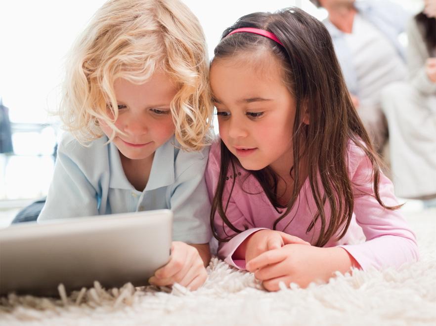Najlepsze aplikacje dla dzieci. Wygrywa Charlie Brown Christmas