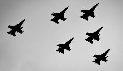 Rząd uzbraja F-16. Wyda setki milionów dolarów