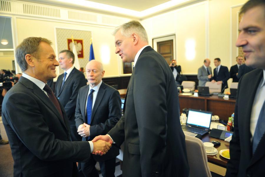 Gowin: Konserwatyści ochronią Tuska przed \