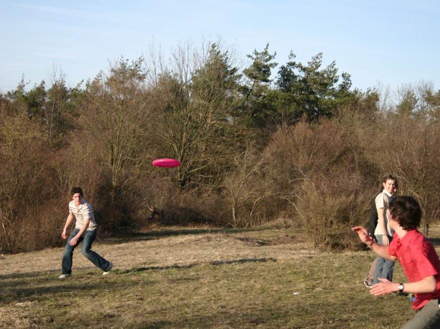 Zabawa Frisbee