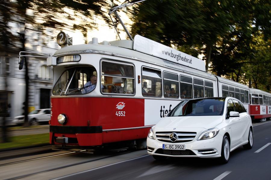 Mercedes - 3. miejsce w klasyfikacji producentów w raporcie J.D. Power