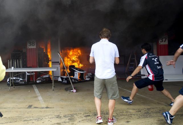 Pożar w garażu Williamsa