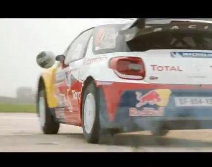 Sebastien Loeb strzela gola Citroënem DS3 WRC