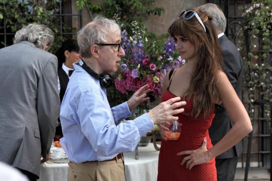 """Penélope Cruz i Woody Allen na planie """"Zakochanych w Rzymie"""""""