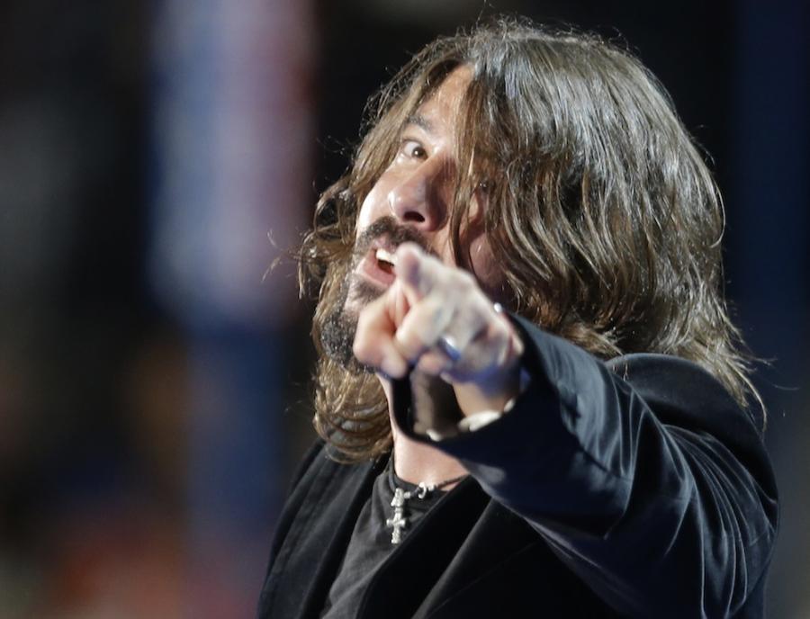 Dave Grohl zawiesza działalność Foo Fighters