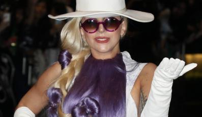 """Lady GaGa wydaje """"Artopop"""""""
