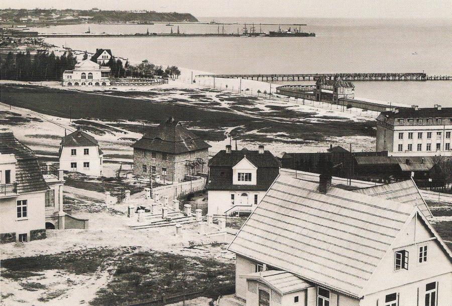 Widok z Kamiennej Góry na Tymczasowy Port Wojenny i Schronisko dla Rybaków,  fot. Roman Morawski, 1926