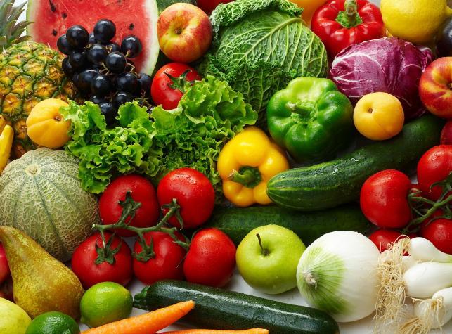 Czy kolor warzyw i owoców ma znaczenie?