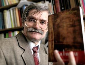 Prof. Idzi Panic, autor książki Tajemnica Całunu