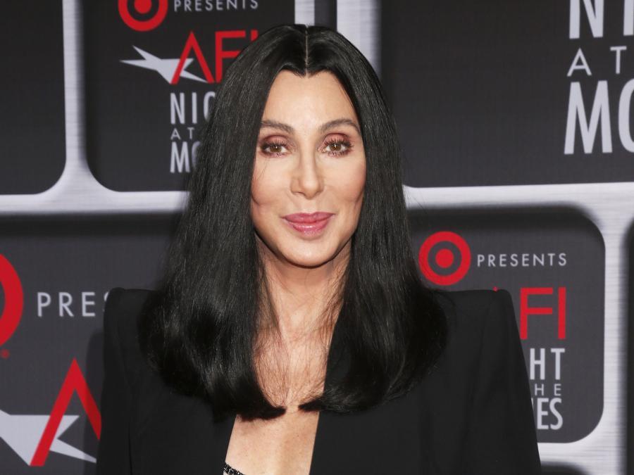 Cher zbliża się do prawdy