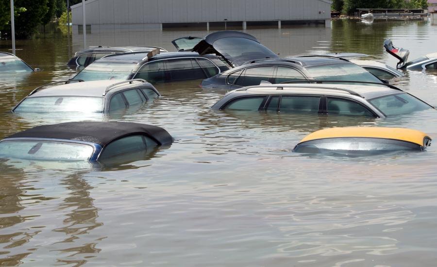 Auta pod wodą