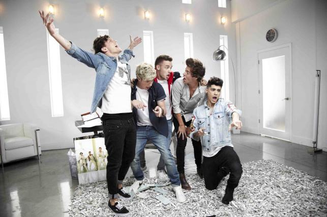 One Direction podglądani na planie najlepszej piosenki w historii