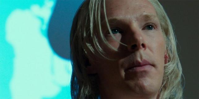 """Benedict Cumberbatch w filmie """"Piąta władza"""""""