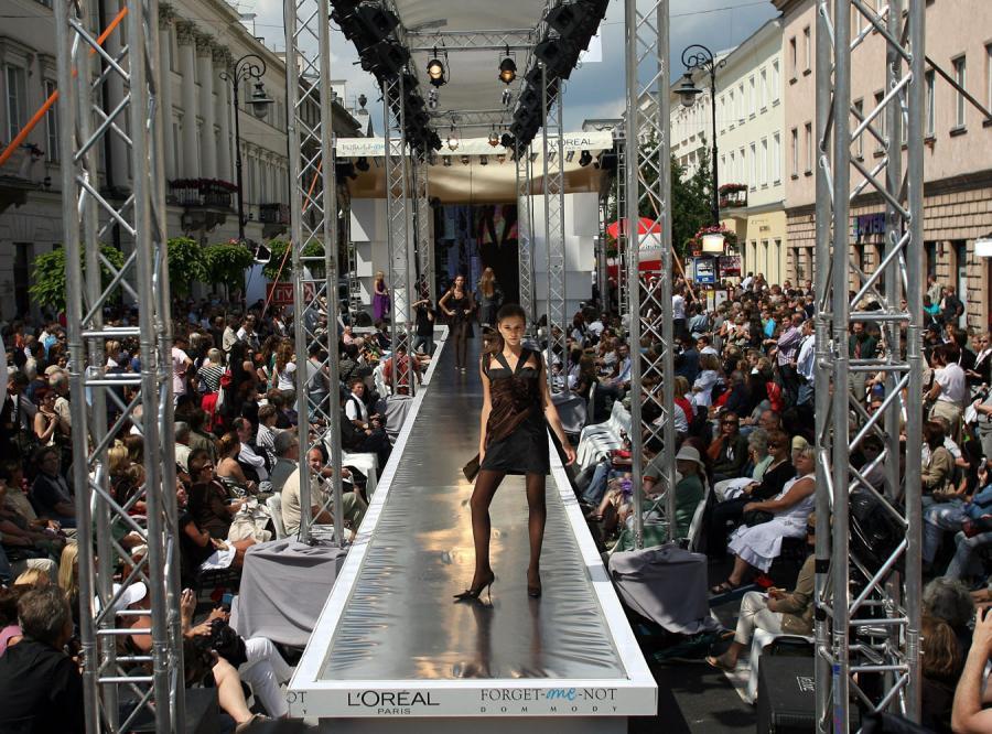 Święto mody na warszawskiej ulicy