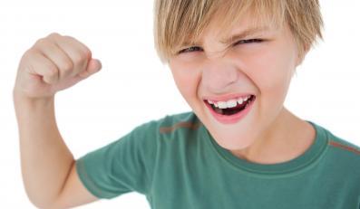 Agresywne dziecko? Winne klapsy jako metoda wychowawcza?